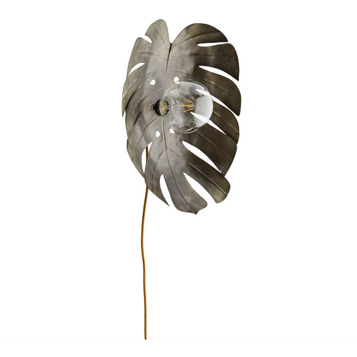 Madam Stoltz wandlamp blad aluminium ijzer 20 x 40 x 30